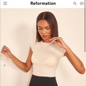 🆕 Reformation Babe Tee